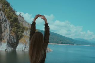 POWER PLAY: Kate Linn – Your Love